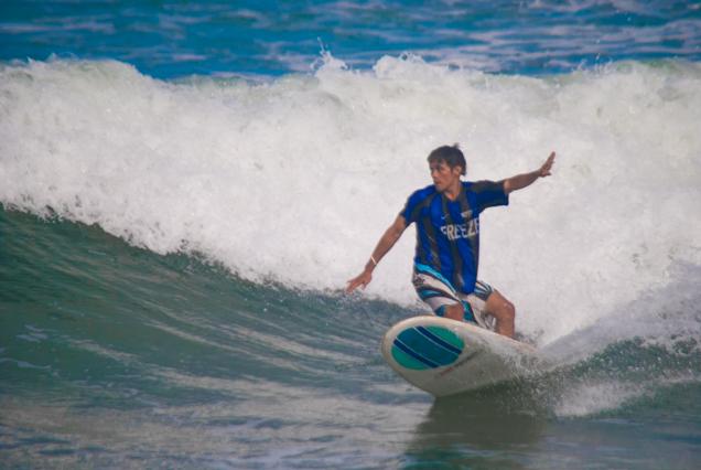 SURFING1.JPG (1 of 1)
