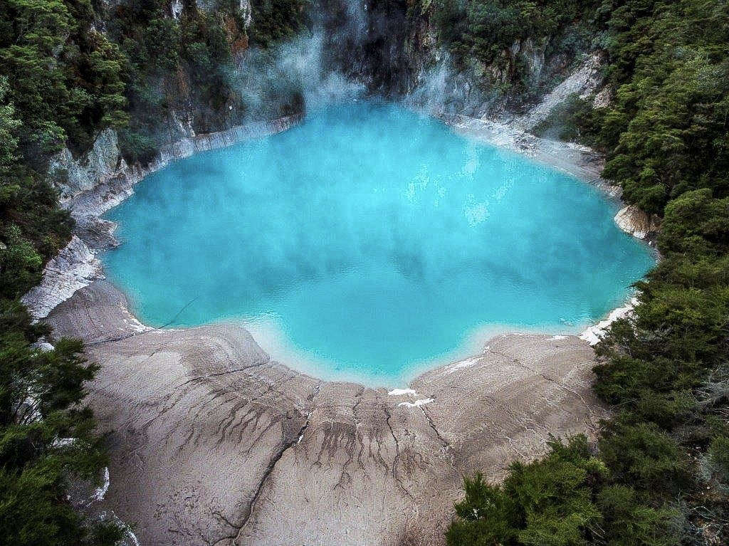 ROTORUA TRAVEL GUIDE FOR FIRST-TIMERS