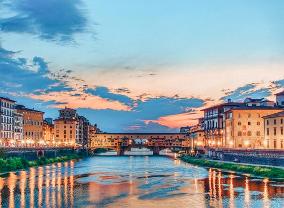 Ponte Vecchio across Arno River