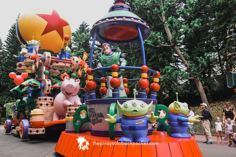 disneyland hong kong - fantasy parade. 1
