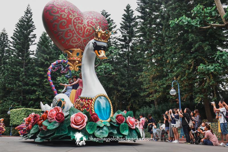 disneyland hong kong - fantasy parade