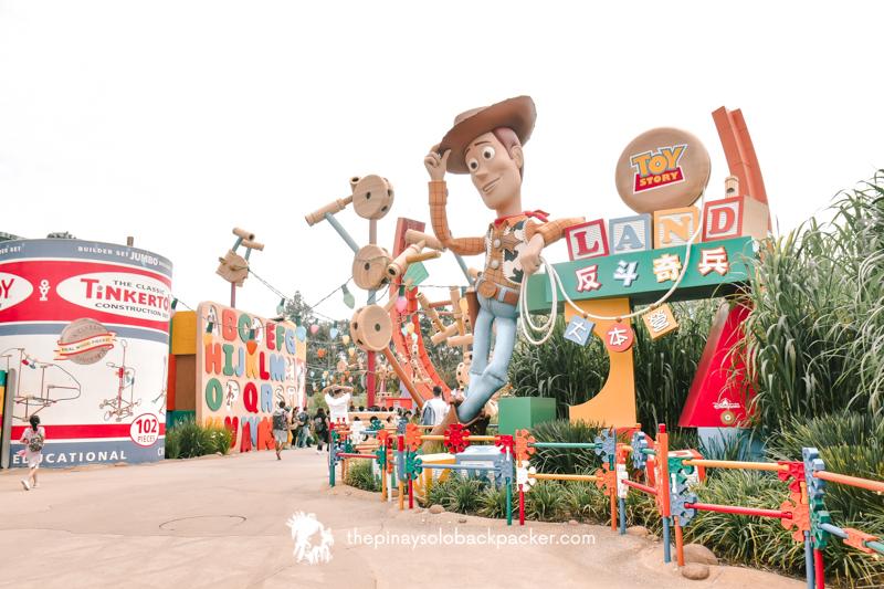 disneyland hong kong - toy story