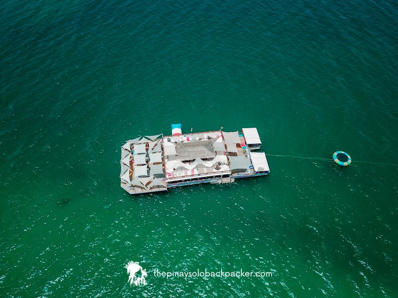Taw Hai Floating Bar