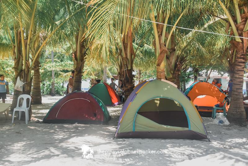 KALANGGAMAN ISLAND CAMPING