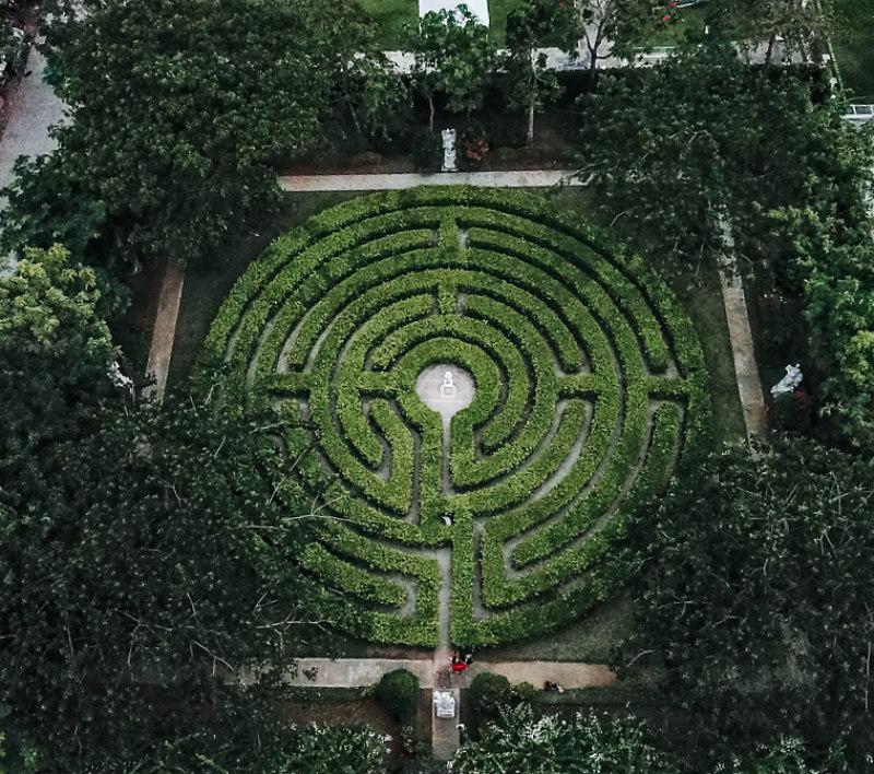 Maze in Cebu